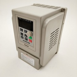 VFD new inverter CNC Spindle motor speed control 220V1.5KW/2.2KW/4KW 220v  1P input 3P OUT  frequency inverter for motor
