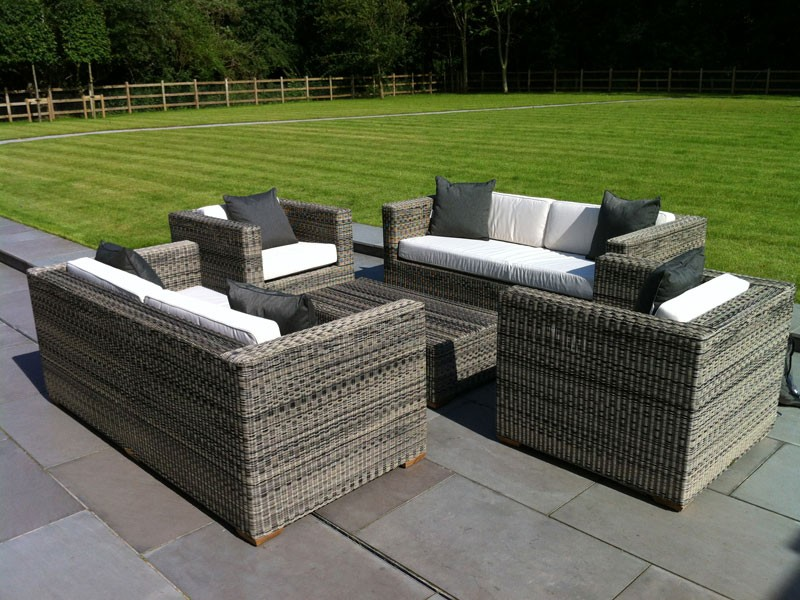 2017 Hot Sale Outdoor Furniture Rattan Garden Sofa Set Settee Loveseat