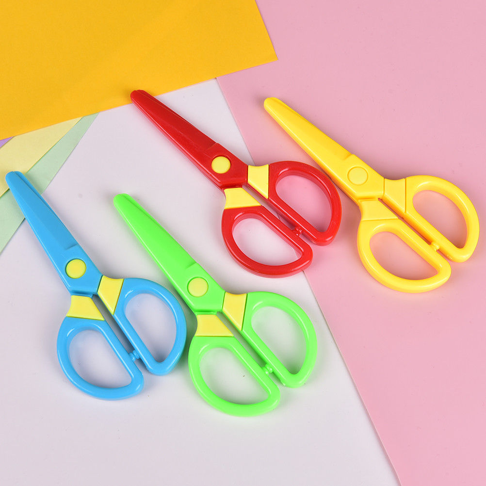 Cutting Supplies New 1 Pcs 135mm Mini Safety Round Head Plastic Scissors Student Kids Paper Cutting Minions Supplies For Kindergarten School