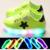 2017 ventas calientes frescas brillantes zapatillas de bebé iluminación llevada shoes bebé color sólido suave niñas niños bebé casual shoes