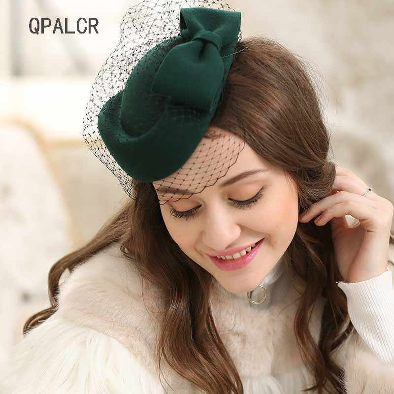 QPALCR Winter Charming Women Pillbox Wool Hat Vintage Wool Felt  Hats Mesh Floral Party Wedding Fedoras with Fascinating Floral