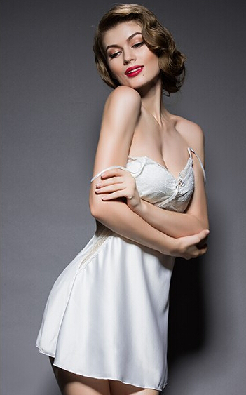 Ladies Imitated Silk Braces Dress Lace Sleepwear Nightgown Nightwear