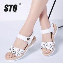 STQ Sandalias planas de piel auténtica para mujer, zapatos blancos con punta abierta y correa al tobillo, para verano, 2020
