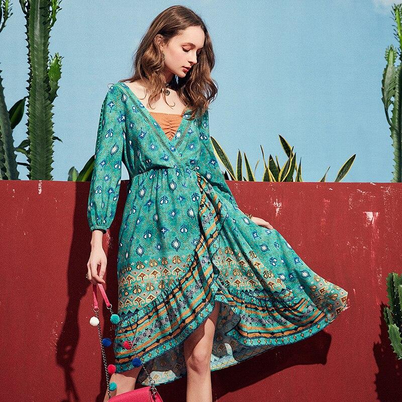 ARTKA 2019 printemps été vedette femmes robe élégante bohême mode robe perroquet vert col en V Design Vintage robes LA10891X - 2