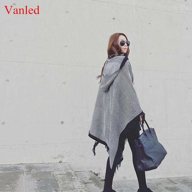 Hooded Tassel Poncho Women's Knitted Coat Winter Scarves Fashion Geometric Thick Warm Ponchos and Capes Big Size Shawls  Warps