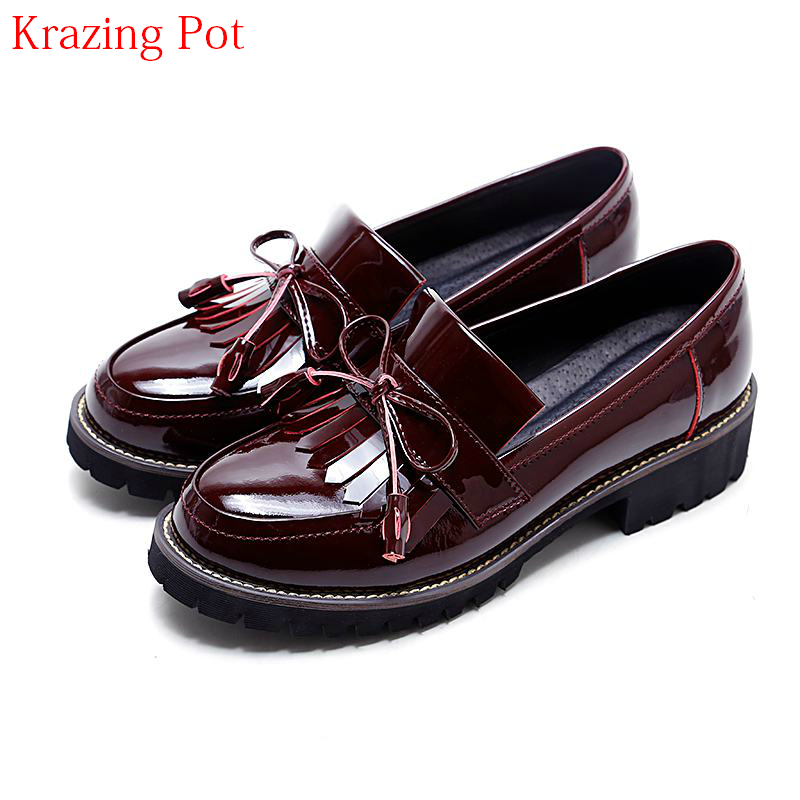 2018 Superstar Genuine Leather Streetwear Med Heels Tassel Slip on Women Pumps Round Toe Retro Sweet Handmade Casual Shoes L03 2018 superstar genuine leather streetwear med heels tassel slip on women pumps round toe retro sweet handmade casual shoes l03