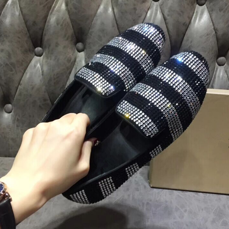 Luxury Brand Crystal Mens Casual Shoes Ruwnay Black Gold Slip On Round Toe Loafers Outfit Gladiator Loafers Shoes Men 2019