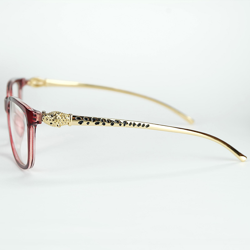 6a84cd8f179 Sexy Lady Luxury Optical Glasses Leopard Head Styling Metal Temples With Good  Quality Plastic Frame Gift Pouch And Cloth-in Eyewear Frames from Women s  ...
