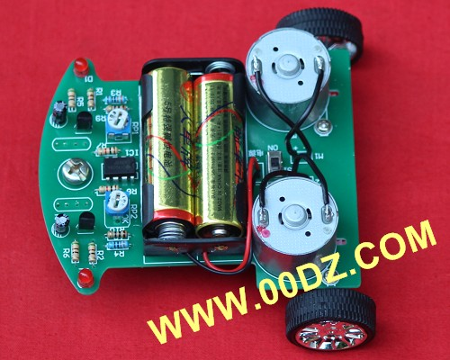 Novel tracking car parts intelligent car \ \ interesting electronic production assembly training competition kit DIY suit infrared detection automatic door 2012 latest competition kit electronic product assembly and commissioning test