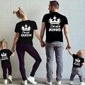 Лето Семья Соответствующие Наряды Соответствующие Отец Мать Дочь Сын Одежда Хлопок Короткий Рукав Футболки Король Королева Семья Посмотрите