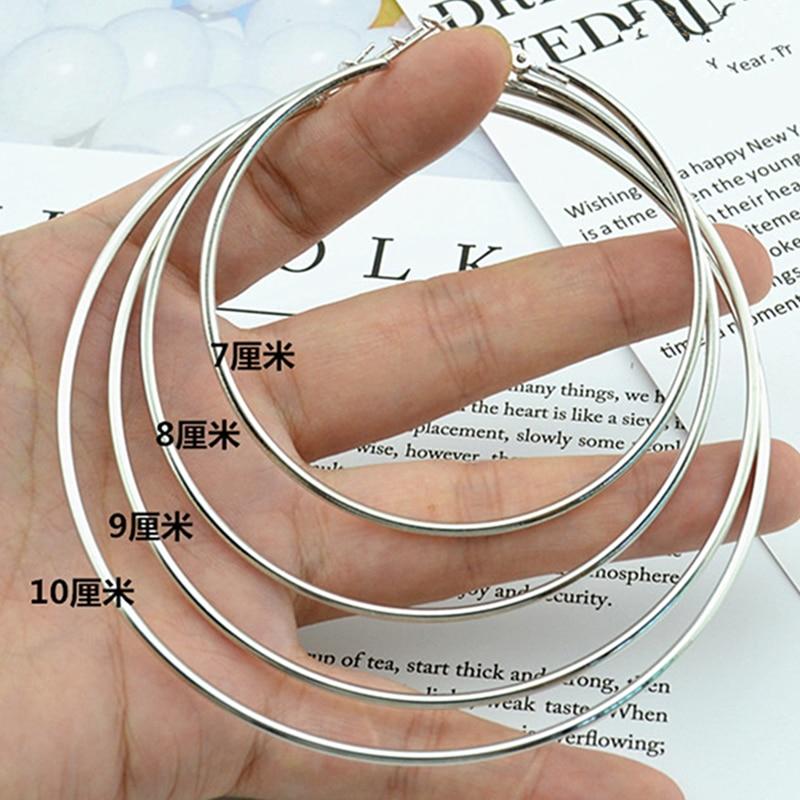 Pendientes de aro circulares pequeños y grandes para mujeres Moda Europa América joyería de estilo exagerado Bucles de plata dorada 2019 Pendientes femeninos