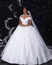 Cinderella V-ausschnitt Weg Von Der Schulter Lace Up Zurück Spitze Applique Kristall Perlen Satin Ballkleid Brautkleider Braut Kleider