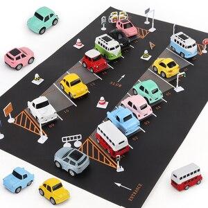 Image 2 - 100X130CM zabawka samochód mata mapa dzieci bawią się dywan do składania Mat miasto drogowe budynki Parking mapa gra scena mapa składana