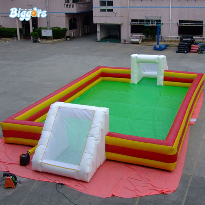 Hot sale inflatable soap football field inflatable football soccer field soapy for sport arena klotz ikn09pr1