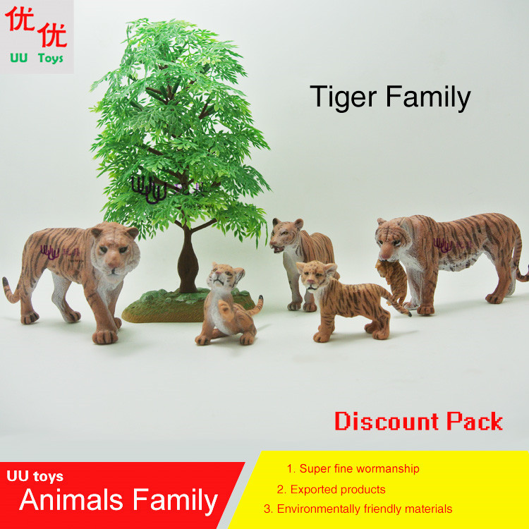 Hot toys: Tiger family pack Simulation model  Animals   kids  toys children educational props Action Figures Collections