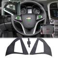 DWCX 2 Pcs Fibra De Carbono Volante Tampa Da Etiqueta Protetora Para Chevrolet/Holden Malibu 2012 2013 2014