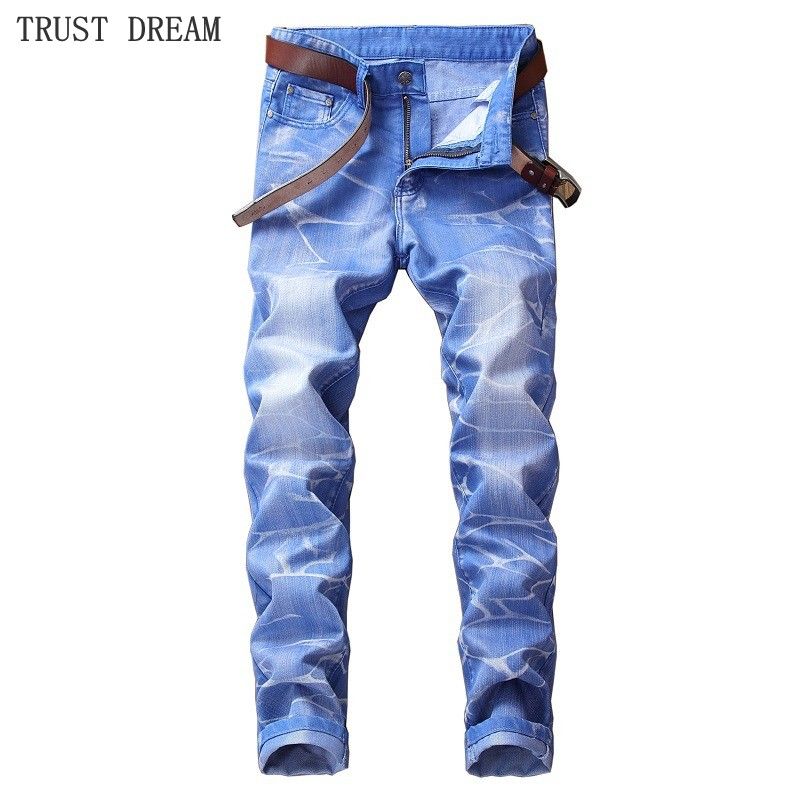 Fashion European Style Men Print Slim Light Blue Denim Pencil Pant Washestoned Man Causal Street Club Personal Plus Size Jeans