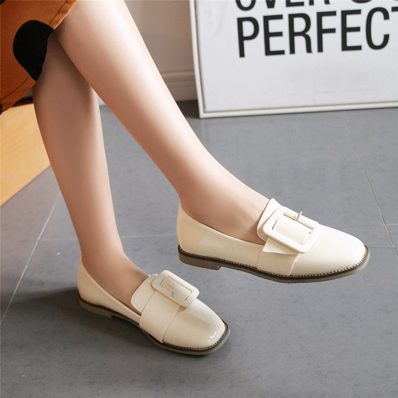 48d5c417da8 32 43 Flat Shoes Women Loafers Soft Leather Moccasins Women Shoes Flats Slip  On Spring Autumn Shoes-in Women s Flats from Shoes on Aliexpress.com