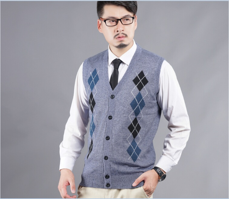 2016 Latest style autumn casual v,neck mens diamond plaid pattern cashmere sleeveless sweater cardigan