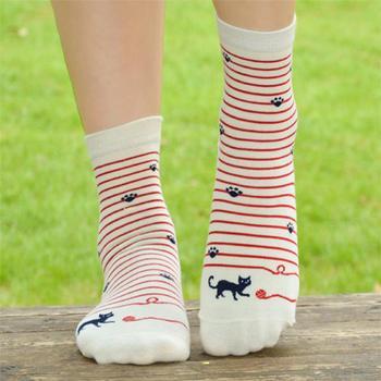 Plofr5 женщины хорошее Черный Белый Короткие носки темно-из хлопка с принтом