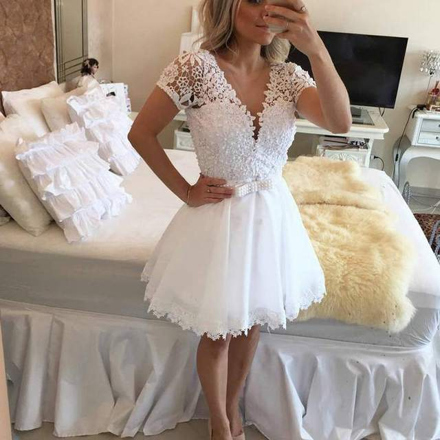 New Design 2016 White Short Wedding Dress With Pearls Lace Short Sleeves  Mini Bridal Gown Sexy dd7dc6bbca70