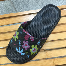 Clearance Sales Home Printing Slippers Rubber Bathroom Shoes Brand Design Anti-Skid Flat  Massage Shower Slides