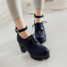 Plate-Forme des femmes Boucle Ceinture Hiver Automne Chaussures Bout Rond Haute talon Wedge Chaussures Japon Style Dentelle Up D'école En Cuir Filles chaussures