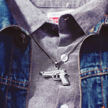 New Fashion Men's Machine Gun Pistol Pendant Necklace Vintage Gold Plated Stainless Steel Hip Hop Necklace Jewelry Long Chain