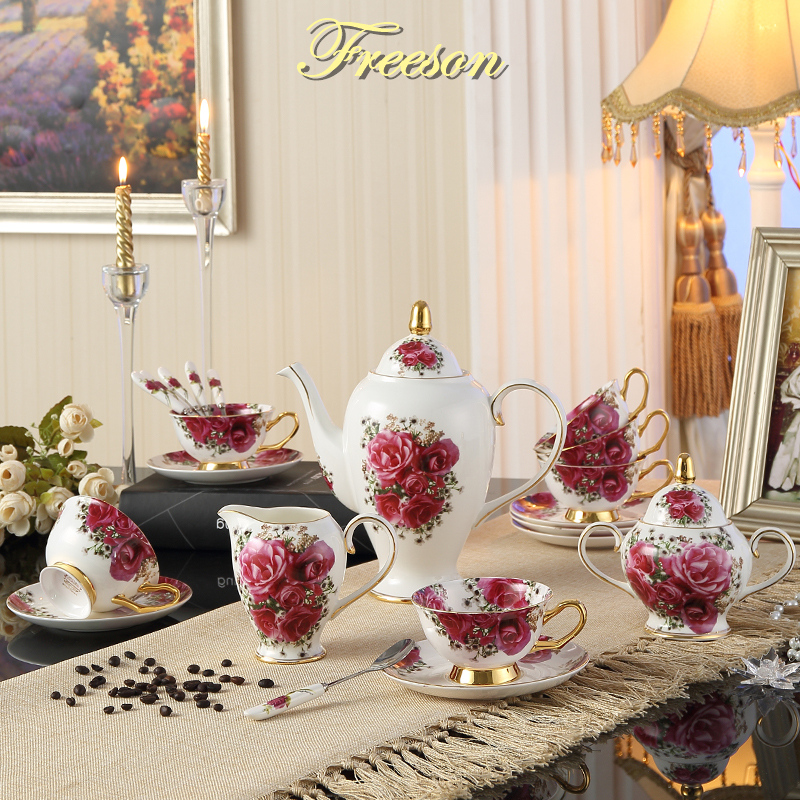 Vintage Rose Bone Kina Kava Set Europa Porcelain čaj Kava Tanjur Šalica keramika Šalica za čaj Jug Jar Teatime Drinkware Vjenčanje poklon