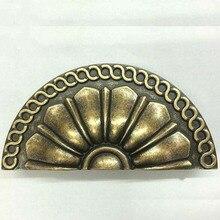 Drawer knob pull bronze kitchen cabinet handles pull antique distress antique brass cap shell antique furnituredecorate handles