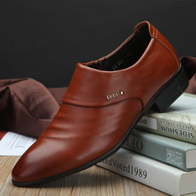 Luxury brand PU Leather Fashion Men Business Dress Loafers Pointy Black Shoes Oxford Breathable Formal Wedding ShoesToe Patent