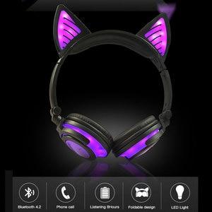 Image 2 - Holyhah Geburtstag Geschenk Drahtlose Bluetooth Kopfhörer Faltbare Blinkende Katze Ohr Kinder Kopfhörer Gaming Headset Mit LED Licht