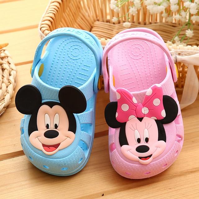 28c7bde113394 Enfant fraîche pantoufles bande dessinée Mickey infantile bébé garçons  filles sandales d été non-