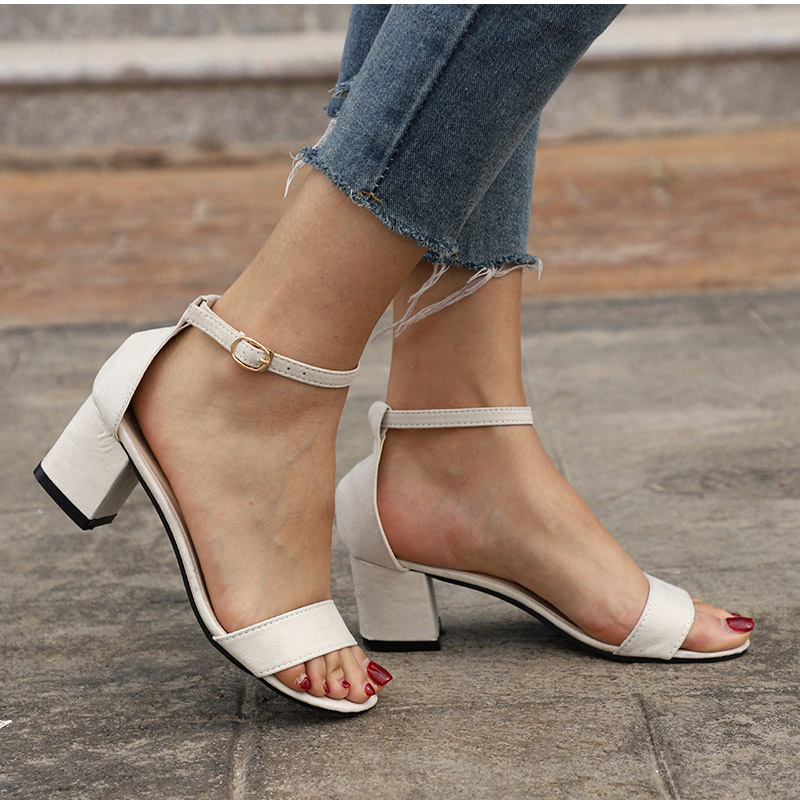HTB1gsDZCqSWBuNjSsrbq6y0mVXa3 MCCKLE Summer Women Shoes Gladiator Buckle Strap Cover Heel Fashion Chunky Ladies Sandals For Woman Ankle Strap Footwear