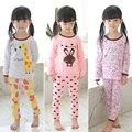 2017 Primavera Nueva Chica Que Arropan Los Pijamas Del Muchacho de Los Niños ropa de Dormir Pijamas Lindos Los Cabritos de la Muchacha Ropa de Dibujos Animados Conjunto Ropa de Dormir