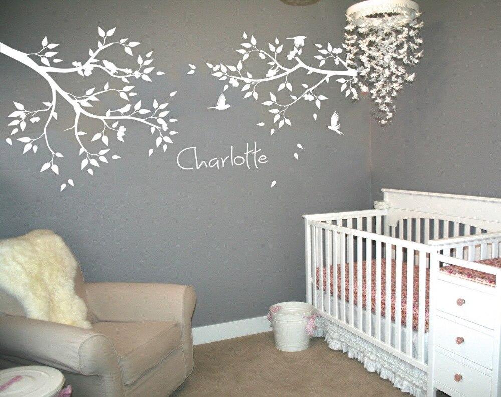 Nome personalizado grande árvore ramos adesivos de parede pássaros voando branco árvore decalque da parede do berçário do bebê tatuagem mural jw211a