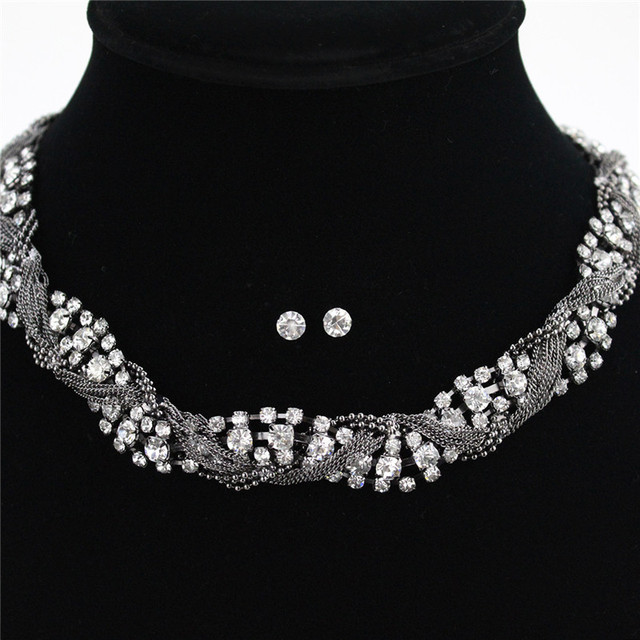 Gun Black Plated Jewelry Sets for Woman Crystal Rhinestone Layered Chunky Chain Necklace and Earrings Set  NL004