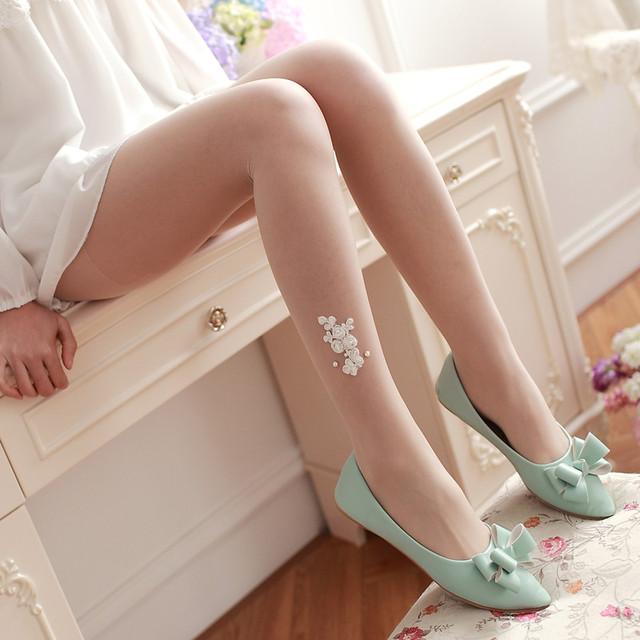 Pérola Handmade três-dimensional flor rosa meias Mulheres perfuração quente rendas Jacquard meia-calça meias brancas