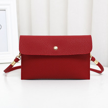 Фотография Women Shoulder Messenger Small Bag 2017 new winter embossed simple handbag wallet for mobile phone Britto