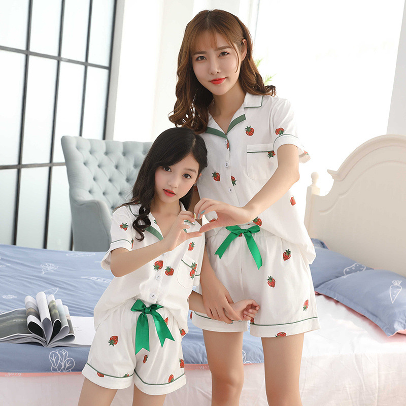 Mommy <font><b>and</b></font> Me Clothes <font><b>Mother</b></font> <font><b>Daughter</b></font> <font><b>Pajamas</b></font> <font><b>Sets</b></font> Girls T Shirt+pants Trousers Bowtie Shorts 100% Cotton Family Matching Clothes image