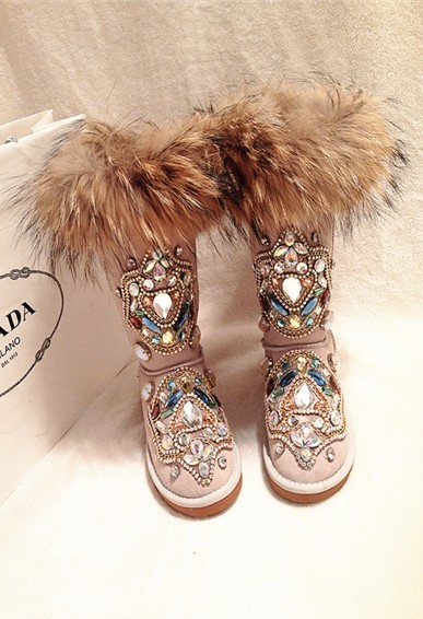 Winter new handmade luxury heavy-duty rhinestone totem snow boots fur one skin fox fur foreign trade large size riding boots.