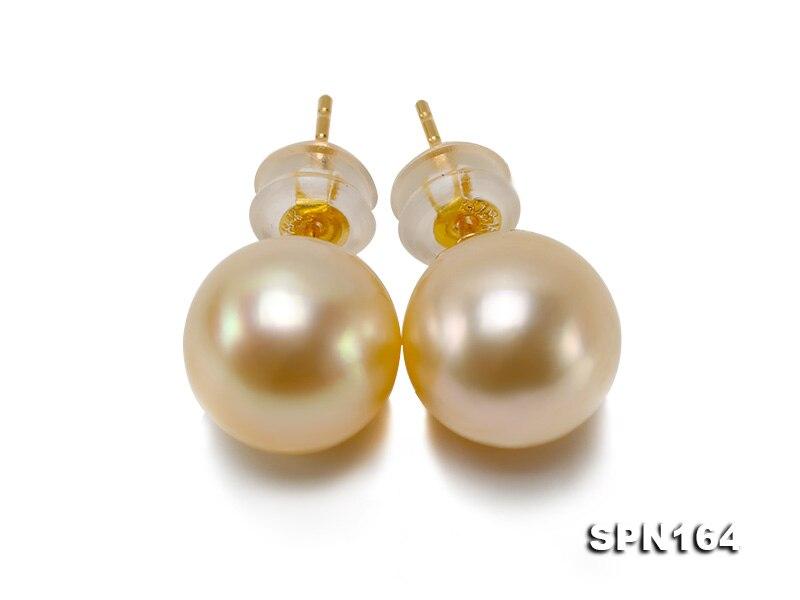 Nouvelles boucles d'oreilles en or 18 k Arriver avec une boucle d'oreille ronde en or akoya de 9 MM