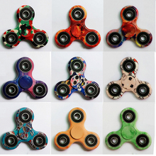 20Pcs/Lot Camo Tri-Spinner Fidget Toy Camouflage Finger Spinner For Autism and ADHD Plastic AntiStress Toys Beyblade Funny Toys
