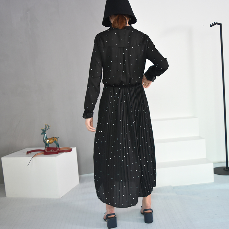 EAM 2020 New Spring Round Neck Long Sleeve Solid Black Chiffon Dot Loose Big Size