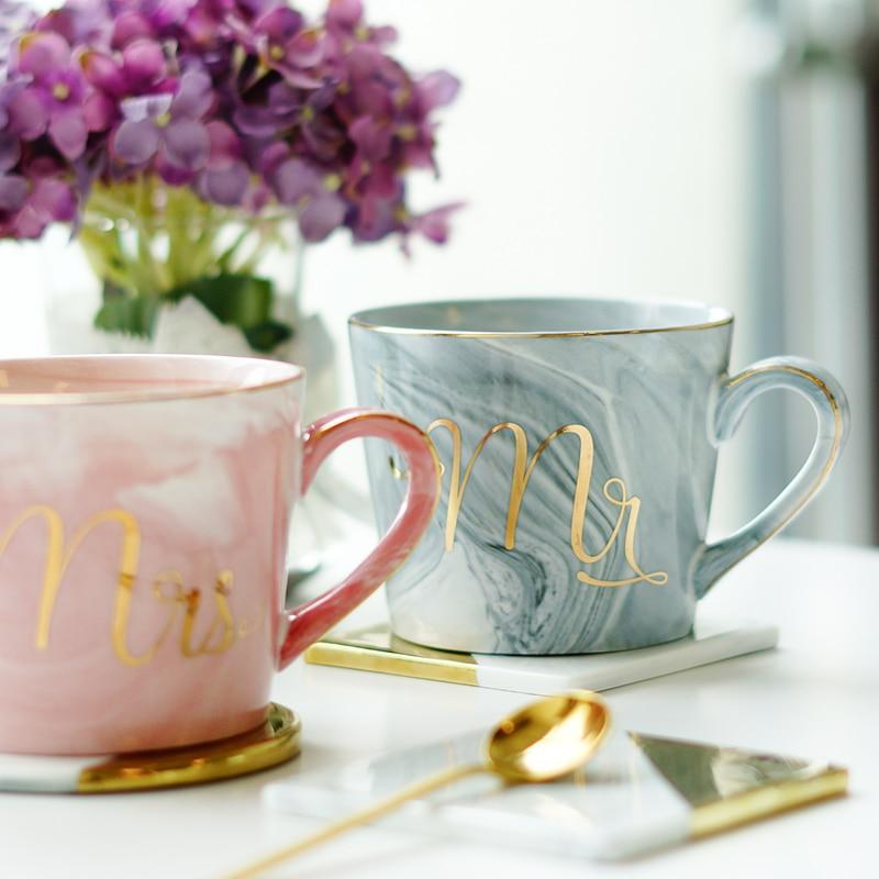 Pintado a mano del Monograma de Oro Natural De Mármol Señor y La Señora Del Té taza de Leche Taza Creativa Taza de Café de Porcelana Regalo Del Aniversario de Boda