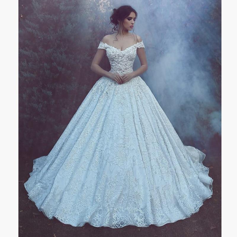 Sexy Dubai Style Vintage Ball Gown Wedding Dress Cap Sleeve Big V Neck Royal Train Bridal Dress Elegant Wedding Gowns Lace