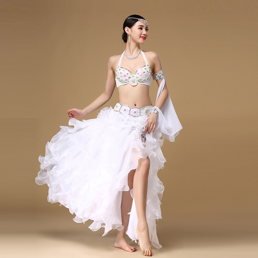 Здесь продается  2018 New Stage Performance Belly Dancing Costumes 3 Pieces Eastern Style Sequined Beaded Top Belly Dance Bra Belt and Skirt  Одежда и аксессуары