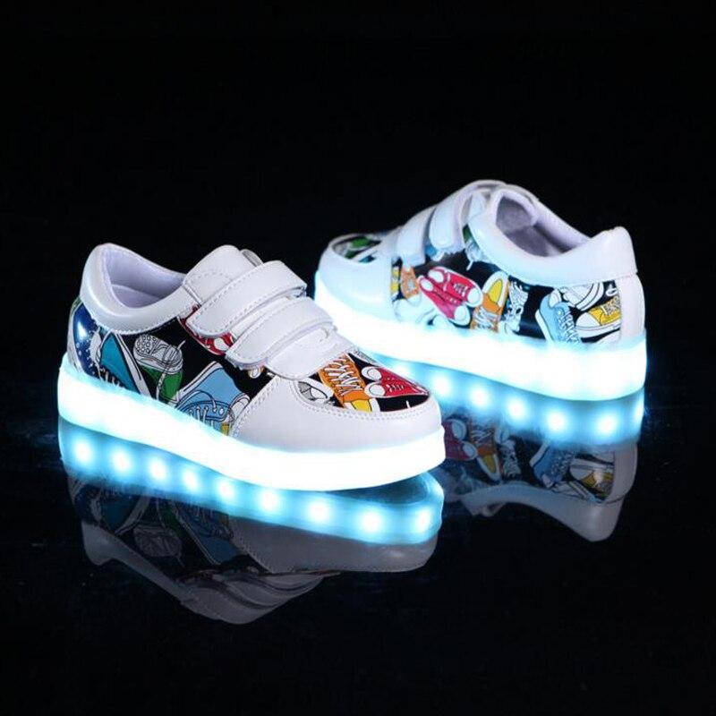 Tanggetu 2018 USB Basket Led enfant chaussures avec lumière enfants baskets lumineuses enfants brillant chaussure pour garçons et filles