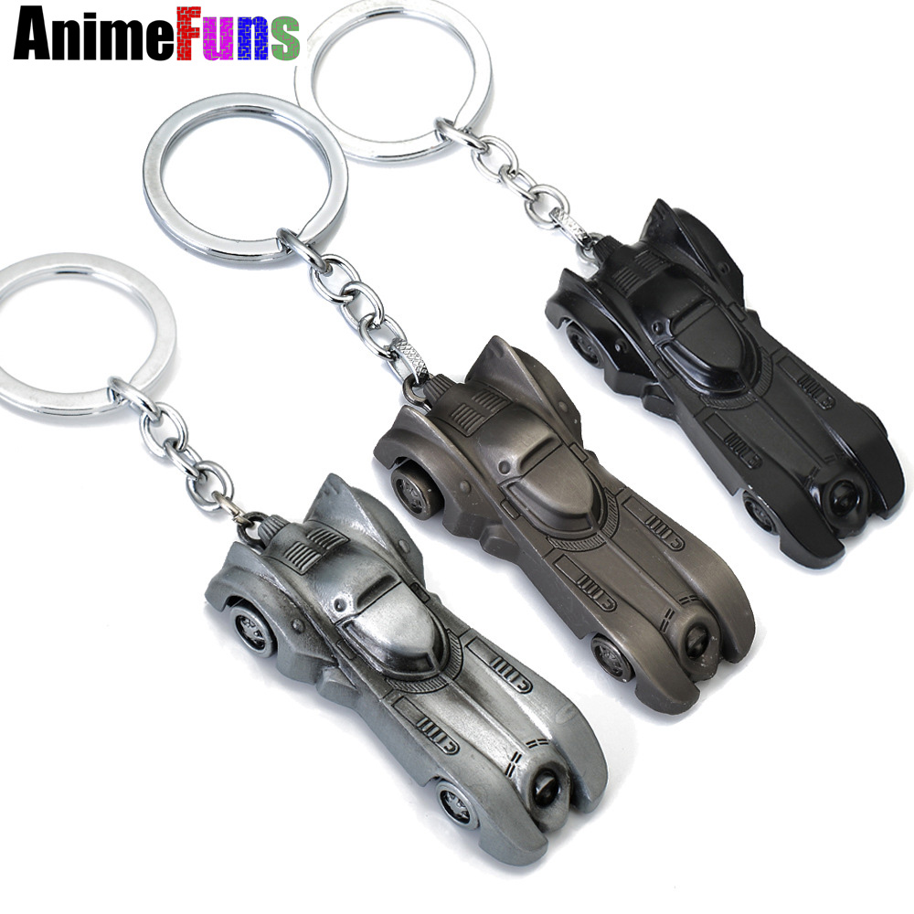 10 pcs The dark knight Batman Car Model Batmobile Metal Keychains Pendant Key Chain BatMan Superman Key Ring 3 Colors цена