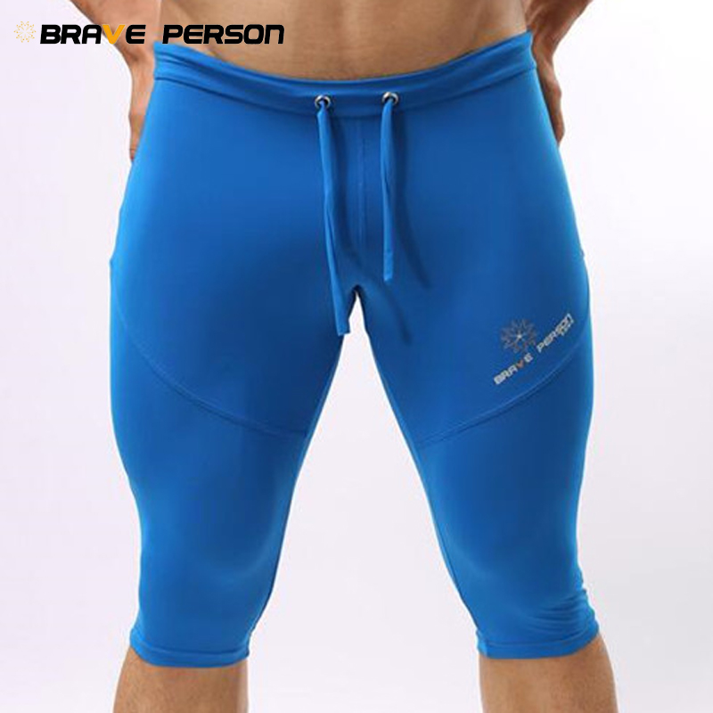 BRAVE PERSON Multiple Uses Shorts Men Elastic Tight Board Shorts Knee-length Beach Wear Trunks Shorts B2221